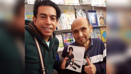 Edgar Vivar recorrió la Feria del Libro de Lima