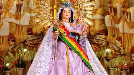 Puneños se suman a las festividades por la Virgen de Copacabana en Bolivia