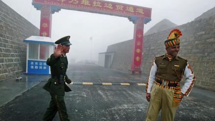 China y la India al borde de la guerra por una carretera en territorio reclamado por Bután