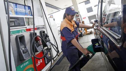 Petroperú y Repsol suben precios de combustibles hasta 2% por galón