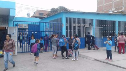 Escolares pierden clases por huelga de profesores en Trujillo