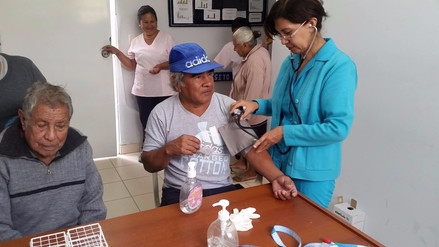 Más de 45 adultos mayores se atienden en Centro Integral de Reque