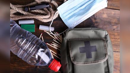 ¿De qué se trata la mochila de emergencias y qué debe contener?