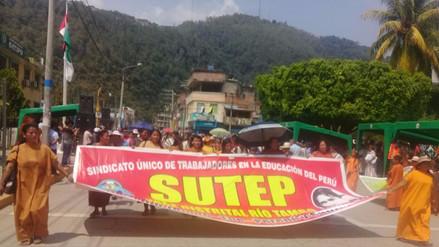 Satipo: profesores bilingües se embarcaron a la ciudad de Lima