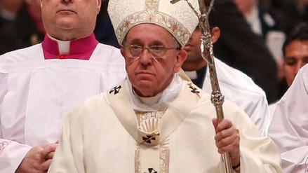 El Vaticano negó que el papa Francisco haya felicitado a una pareja gay
