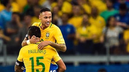 Neymar a Paulinho: