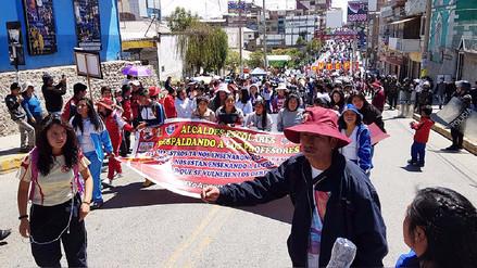 Huancayo: alumnos marcharon junto a docentes en huelga