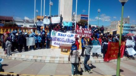 Profesores en huelga reciben el respaldo de autoridades de Junín
