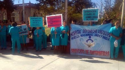 Suspenden atención de pacientes en hospitales de Arequipa