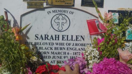 Sarah Ellen, la 'mujer vampiro' venerada en Pisco