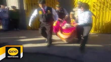 Vigilante se suicida al interior de un bar en Bustamante y Rivero