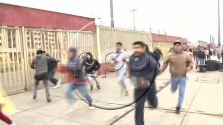 Hinchas generaron caos en el Monumental por las entradas del Perú vs. Bolivia