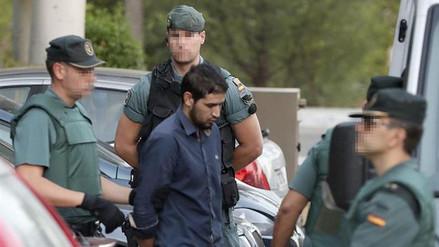 Los terroristas de Cataluña viajaron a París antes de los atentados