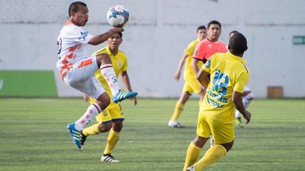 Víctor Hugo Rivera analiza implementar el VAR en el fútbol peruano para el 2018
