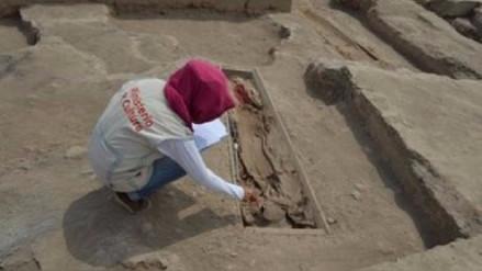 Descubren cementerio de chinos que data del siglo XIX en huaca de Santa Anita
