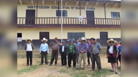 Padres de familia y ronderos de Puña muestran apoyo a Pedro Castillo