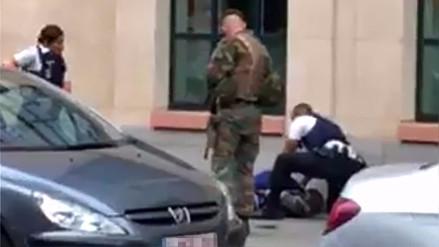 Un hombre que apuñaló a dos militares belgas fue abatido por el Ejército