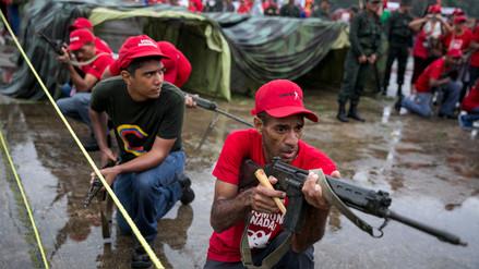 Fotos | Venezuela entrena militarmente a cientos de civiles ante