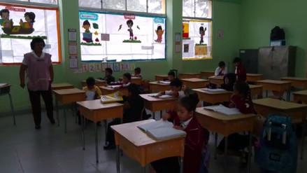 Docentes retornaron a las aulas en algunos colegios de Piura