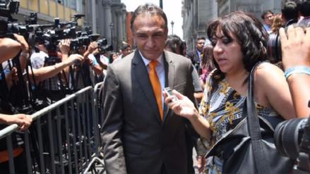 Héctor Becerril dice que existe una campaña mediática contra Fuerza Popular
