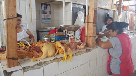Baja el precio del pollo en los principales mercados de Chiclayo
