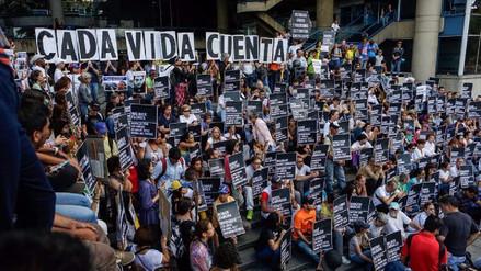 'Cada vida cuenta': la marcha pacífica de los venezolanos en Caracas