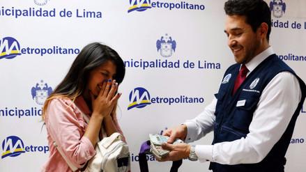 Encontraron a usuaria del Metropolitano que olvidó 1,600 soles en Estación Central