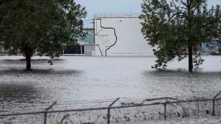 Dos explosiones en una planta química en Texas tras el paso de 'Harvey'