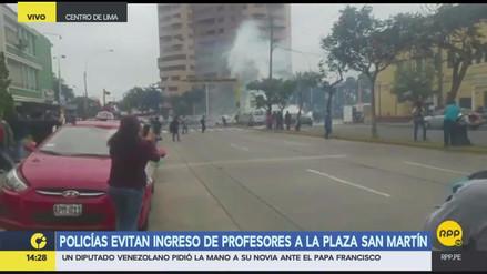 La Policía dispersa la marcha de profesores en San Isidro y el Centro de Lima