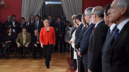 Renunciaron los ministros de Hacienda y de Economía de Bachelet