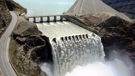 Minagri firmó contrato para construcción de represa en Arequipa