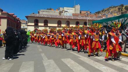 Con bailes típicos realizaron homenaje a Santa Rosa de Lima