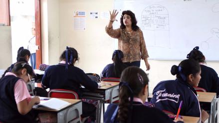 Presupuesto de Educación sube por aumento a maestros