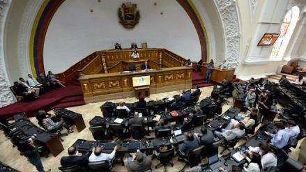 La Constituyente pide dialogar para lograr salir de la crisis económica