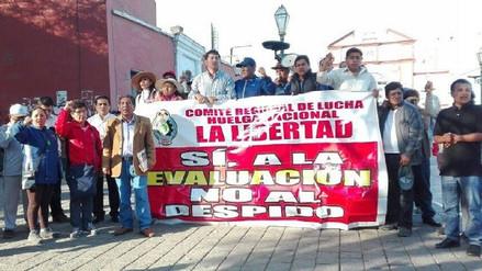 Profesores deciden continuar con la huelga en La Libertad