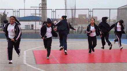 Escolares reinician clases en los colegios de Lima y Callao