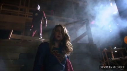 YouTube | Así lucen 'Flash' y 'Supergirl' sin efectos especiales
