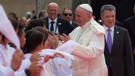 El papa Francisco habló ante un millón de fieles en su primera misa en Colombia