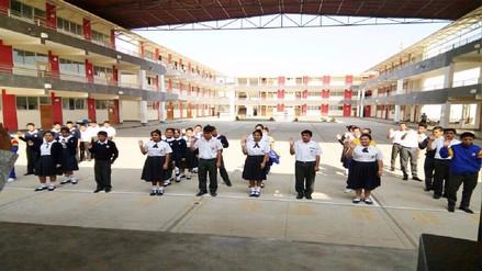 Escolares juramentan como brigadistas para cuidar el agua en sus colegios