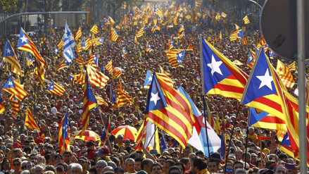 La Justicia española suspende el referéndum de autodeterminación de Cataluña