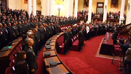 Otorgan la 'Medalla al Defensor de la Democracia' a 86 miembros del GEIN