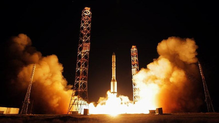 Lanzan con éxito el satélite español de comunicaciones Amazonas-5