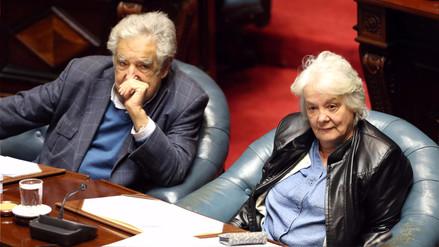 Lucía Topolansky, esposa de Mujica, asumió la vicepresidencia de Uruguay