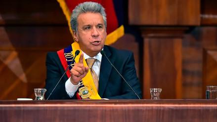El presidente de Ecuador denunció el hallazgo de una cámara oculta en su despacho