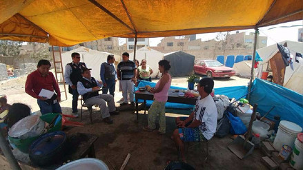 """Familias damnificadas por """"El Niño"""" claman terrenos y módulos"""