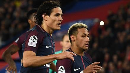 Edinson Cavani seguirá pateando los penales del PSG por delante de Neymar