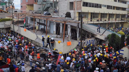 Identifican con vida a cinco personas entre escombros de escuela en México