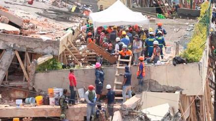 Ascienden a 32 los niños muertos en derrumbe de escuela por terremoto en México