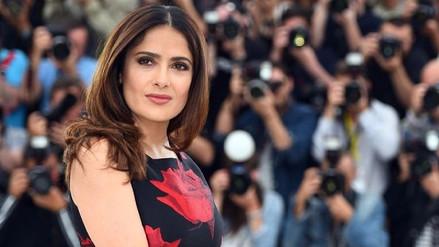 Salma Hayek pide a los actores de Hollywood que rebajen sus sueldos para lograr la igualdad salarial