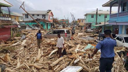 Al menos 15 muertos y 20 desaparecidos en Dominica tras paso de María